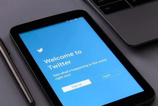 twitter welcome screen